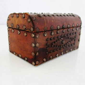 Leather Box Vintage Spanish Leather Studded Box Small Treasure Chest Leather Studded Jewelry Box Leather Trinket Box Steampunk Unique Gift