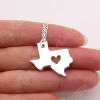 1pcs Texas State Charm With Heart Necklace Longhorns Dallas Lone Star State Of Texas Cowboy Necklaces & Pendants Map Women