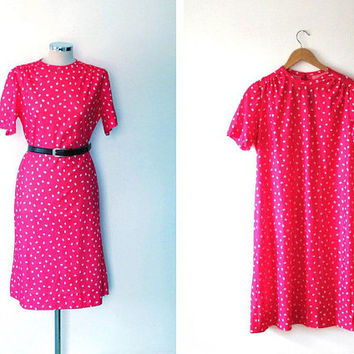 Neon pink retro shift dress / white / printed / vintage / 1950s style / midi length / zip / stretchy / high collar / short sleeve dress