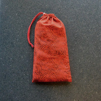 Pointe Shoe Bag, Red Swish. Breathable cotton & mesh dance shoe bag.