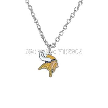 50pcs a lot single-sided left facing enamel Minnesota Vikings   Football pendant necklaces
