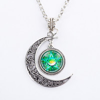 Emerald Triple Moon Goddess Pendant Pentacle Planet Necklace Wiccan Jewelry Glass Dome Silver Chain Hollow Pattern Necklaces