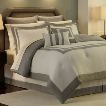 Hotel Reversible Comforter Set in Grey
