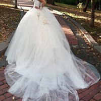 [216.99] Glamorous Tulle Sweetheart Neckline Ball Gown Wedding Dress With Beadings & Rhinestones - Dressilyme.com