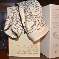 Alice in Wonderland Writing Gloves