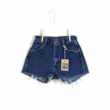 Waist 25 High Waisted Vintage Cutoff Shorts by thedaisies on Etsy