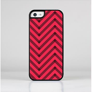 The Red & Black Sketch Chevron Skin-Sert Case for the Apple iPhone 5c