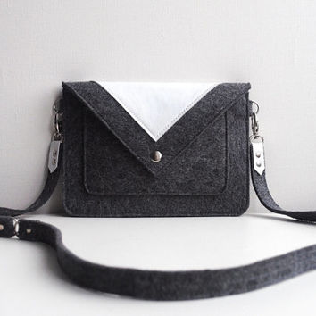 Small Grey White Wool Felt Genuine Leather Crossbody Bag