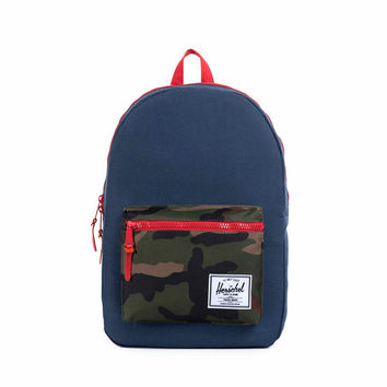 Herschel Supply Co. Settlement Plus Woodland Camo/Rubber