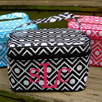 Personalized Cosmetic bags by twosisters76 on Etsy