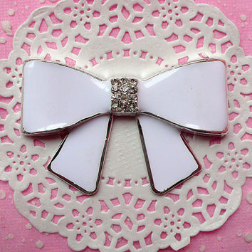 Ribbon Metal Cabochon (White) with Clear Rhinestones (64mm x 41mm) Cell Phone Deco Scrapbooking Decoration Decoden Supplie CAB135