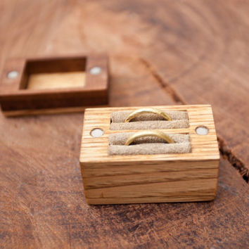 Wooden wedding ring box - Ring bearer box - Ring holder - chestnut and walnut - Made to order