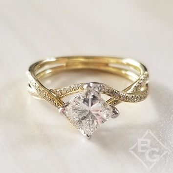 "Simon G. Yellow Gold Princess Cut ""Twist"" Split Shank Diamond Engagement Ring"