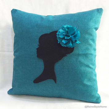 Romantic Cameo Shabby Chic Turquoise Burlap Pillow Cover. 16inch Decorative Pillow Case Cushion Cover. Girls Room Decor Bridal Shower Gift