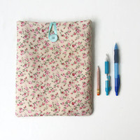 Floral IPad case, 10 inch tablet case, fabric tablet sleeve, pink flower fabric, IPad IPad Air cover, gift for teen girl, handmade in the UK