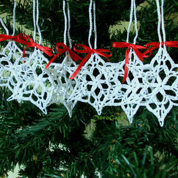 Lace Crochet snowflake, white snowflakes, Christmas ornament, christening favor, tree decoration, gift wrapping, wedding day, Set of 6-(S18)