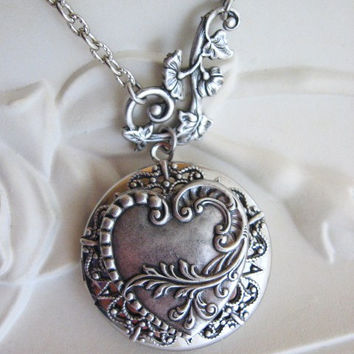 Heart, LOCKET, Silver Locket Necklace, Silver Heart Locket, Leaf Necklace,Leaf Jewelry,Antique Locket,Twig Necklace,Lockets,Victorian Locket