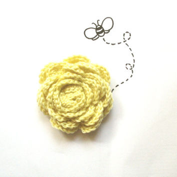 Pastel yellow Brooch Flower Brooch, Vera Jayne, Crochet Brooch Pin, Bridesmaid's accessory, Gift for her, custard yellow. light yellow