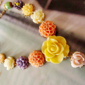 Colorful  Vintage Resin Flower Necklace, Bright and cheerful colors,  Great Gifts  4tasteofshabbychic