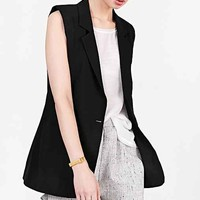 Alice & UO Sleeveless Blazer- Black