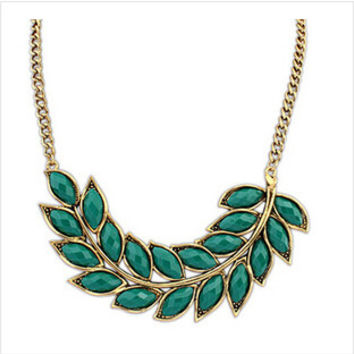 Vinatge Fashion Jewelry Leaf Choker Neckalce For Women 2015 New Statement Collar Necklaces Nice Quality