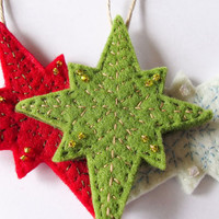Set of 3 Christmas ornaments, felt stars decorations, red, green, white, Christmas Tree ornament, Christmas door hanger, winter home decor