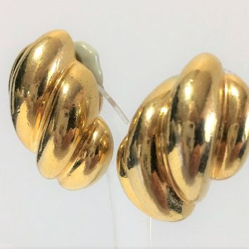 Ciner Gold Plated Clip On Earrings, Dimensional Shape, Office to Evening Wear. Mid Century Jewelry 918