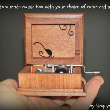 music box, wooden music box, custom made music box, personalized music box, customized music box, old fashioned music box, simplycoolgifts