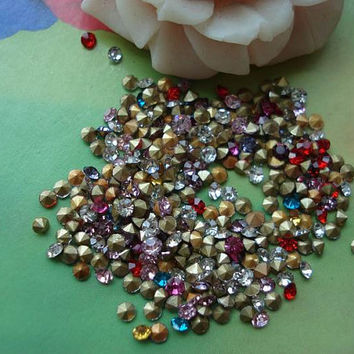 300 pcs 2mm Mixed Colors Diamonds Stones Beads Rhinestones Cabochon Cameo Cabs g962052