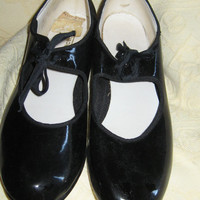 "Vintage New Directions Patent ""Tip Top Tap"" Shoes sz 8 m"