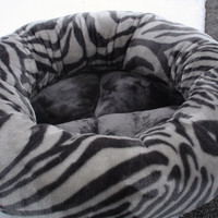 Cat bed, dog bed, pet bed, round bed, donut bed, tiger bed, silver bed, gray bed, kitty bed, kitten bed, puppy bed, zebra, grey bed,washable