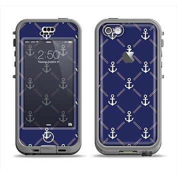 The Navy Blue & White Seamless Anchor Pattern Apple iPhone 5c LifeProof Nuud Case Skin Set