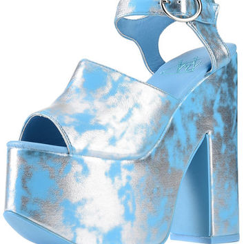 The Daydream Platform Heel in Metal and Blue