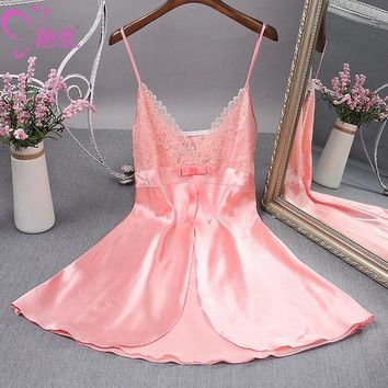 Summer ladies in the real silk lace condole belt sleepwear lady spaghetti strap sexy lace nightgown embroidery sleepwear