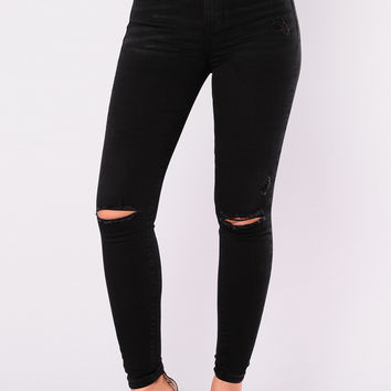 Ebena Knee Distress Jeans - Black