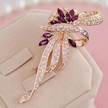 Crystal Flower Brooch Lapel Pin Fashion  Rhinestone