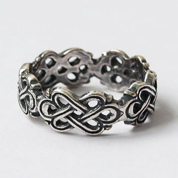 Celtic knot ring, Celtic ring, Knot ring, Kotted ring, Celtic knot jewelry, Celtic rings, Modern rings, Size 7 ring