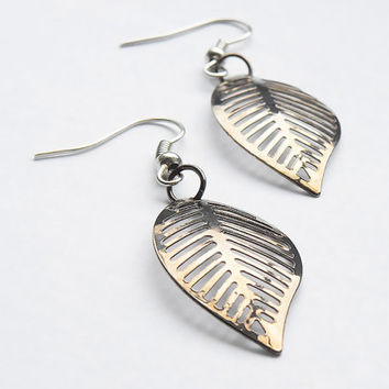Earrings, Silver Leaf Earrings, Silver Metal Earrings, Leaves Earrings, Metal Jewelry, Leaf Jewelry, Dangle Earrings, Hanging Earrings