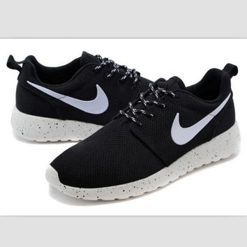 NIKE fashion network sports shoes casual shoes Black and white splash-ink