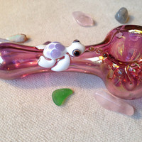 Sea Turtle Critter on Gold Fumed Glass Pipe