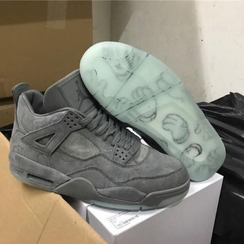 Kaws X Air Jordan 4 Retro Cool Grey Basketball Shoes 930155 003 Retro 4 Vi Glow In The Dark Grey Suede Shoes For Men Sports Sneakers
