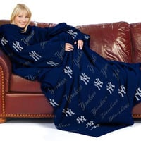 MLB New York Yankees Comfy Throw Blanket with Sleeves