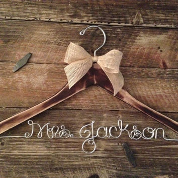 Distressed Bridal Hanger / Rustic Wedding Hanger / Bride Hanger / Wedding Hanger /  Rustic Wedding / Shabby Chic Wedding /Fall Wedding