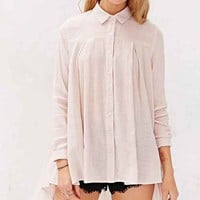 BDG High/Low Pleated Button-Down Shirt- White