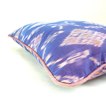 "Orchid Dottyback // 18"" (46cm) Bali Ikat designer decorative accent throw pillow cover, purple motif with lavender piping"