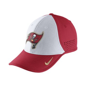Nike True Vapor (NFL Buccaneers) Adjustable Hat (Red)