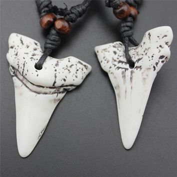 White Faux Bone Carving Shark Tooth/Teeth Charm Pendant Wood Beads Necklace For Women Men Travel Commemorative Jewelry Gift