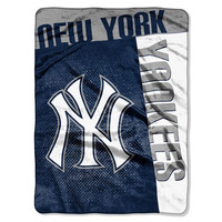 New York Yankees MLB Royal Plush Raschel Blanket (Strike Series) (60x80)