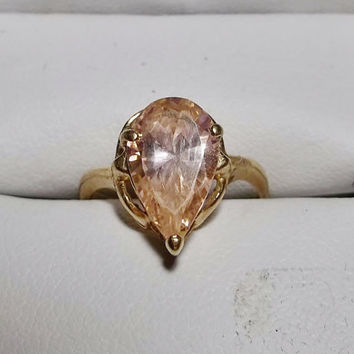 Pink Ice Ring, 10k Gold Setting, Pear Shape, Teardrop Shape, Teardrop shaped stone, Estate Piece, CZ, Solitaire, Size 6.5, Estate Jewelry