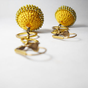 Crochet bead earrings - gold tone